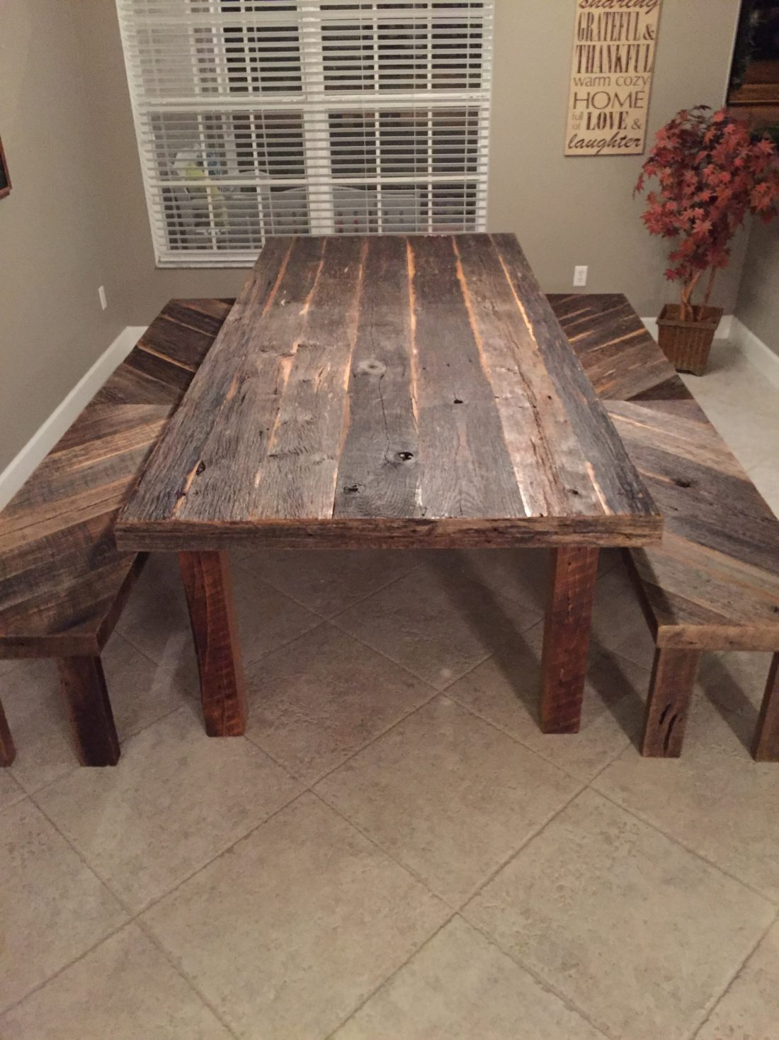 Stacy S Rustic Reclaimed Wood Dining Table With Matching