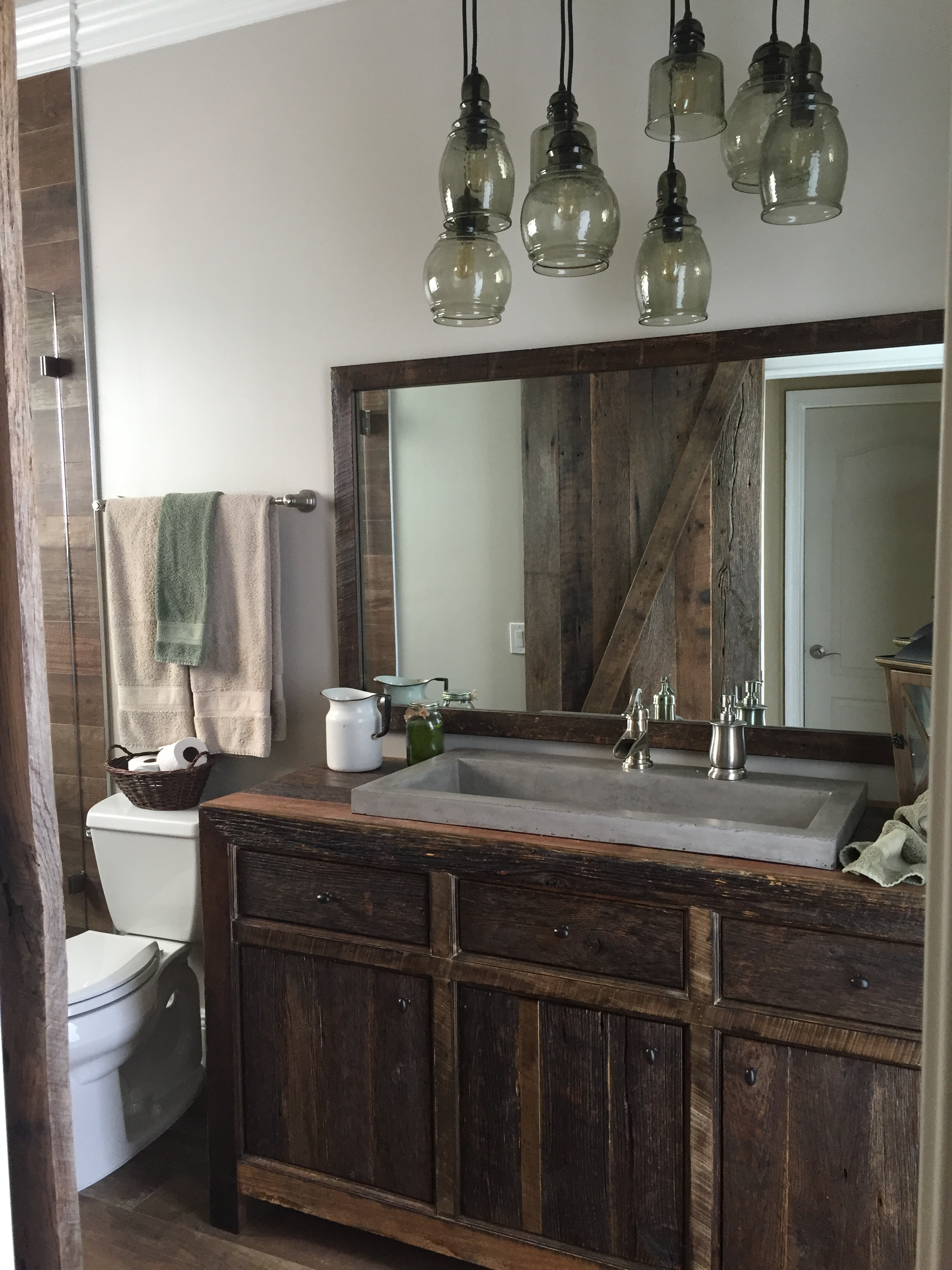 Robbieu0027s Rustic Reclaimed Wood Bathroom Vanity